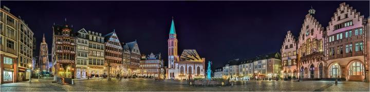 frankfurt-main-der-frankfurter-romer-bei-nacht.jpg