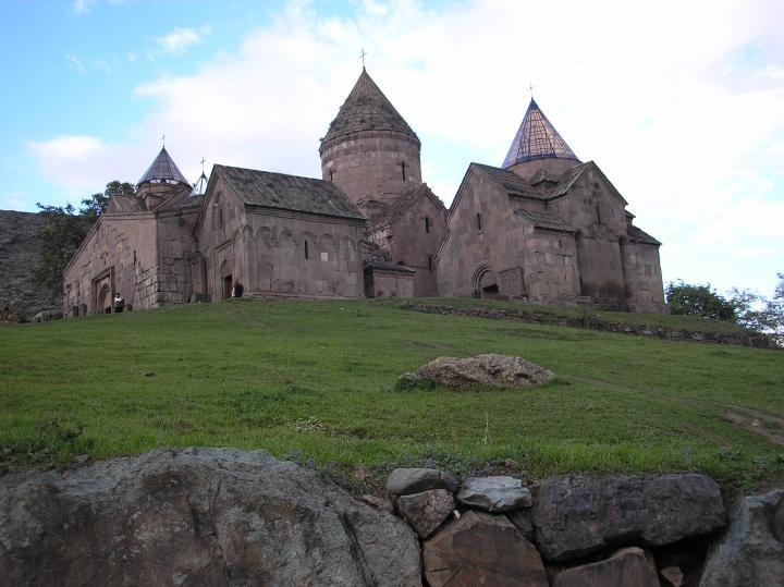 goshavank_monastery_13th_c.jpg