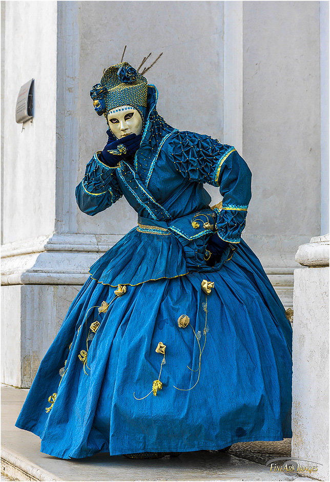 kostum_blau_maggiore_klein.jpg